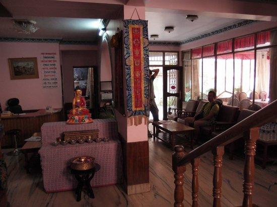Tasi Dhargey Inn: Reception