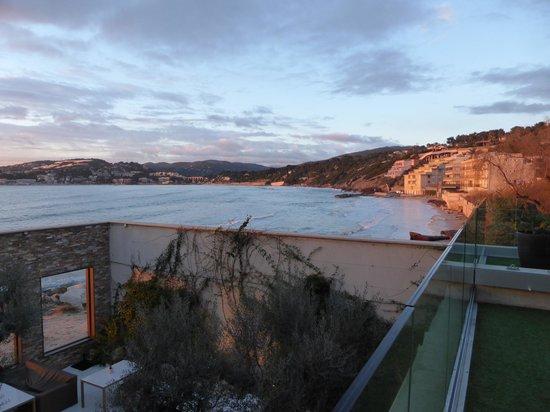 Hostellerie La Farandole : Vue depuis la terrasse de la chambre