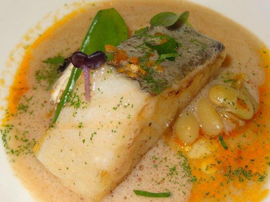 Arbidel restaurante: Bacalao con jugo de pulpoy verdinas.
