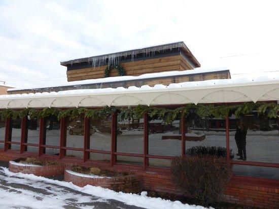 Frank Lloyd Wright Building : Raised roof