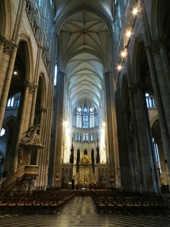 Cathédrale Notre-Dame d'Amiens : Stunning Cathedral