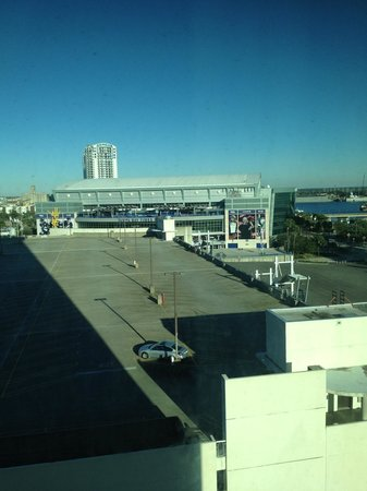 Embassy Suites by Hilton Tampa - Downtown Convention Center: View of Arena from window.