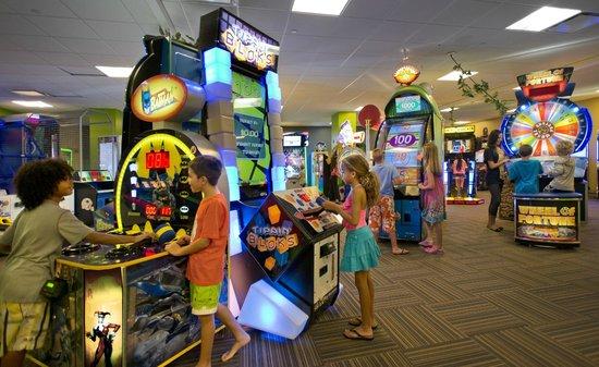 CoCo Key Water Park Boston North Shore: Arcade