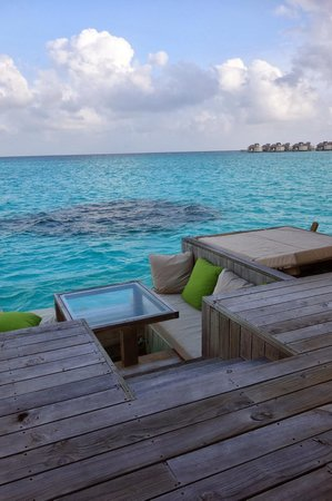 Six Senses Laamu : deck of Villa 44 looking to the coral patch