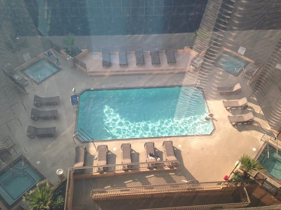 Hilton Los Angeles Airport: Pool and multiple jacuzzis