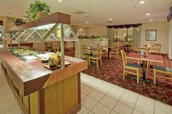 Americas Best Value Inn: Breakfast Area