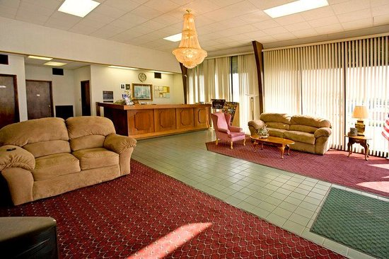 Americas Best Value Inn of Cookeville: Lobby