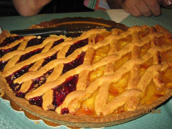 Hostaria Da Pietro: Awesome fruit tart
