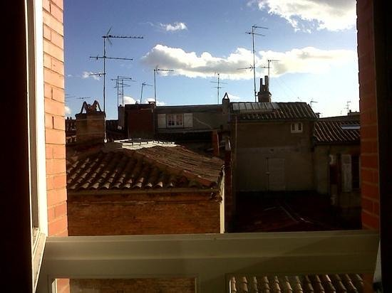 Crowne Plaza Toulouse : view from 415