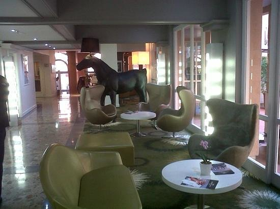 Crowne Plaza Toulouse : lobby