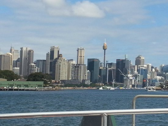 Sydney Ferries: City View from Up Top