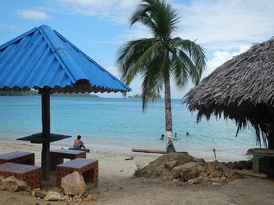 Hostel Wunderbar: The beach at La Guaira (6km from us)
