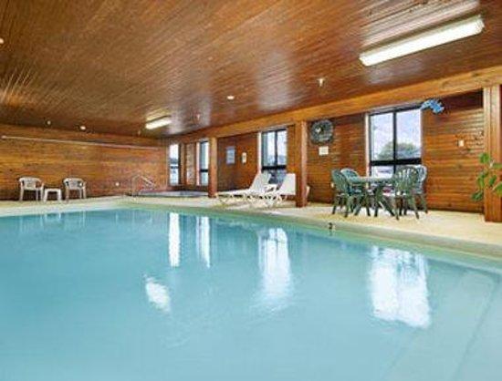 Days Inn Colby: Pool