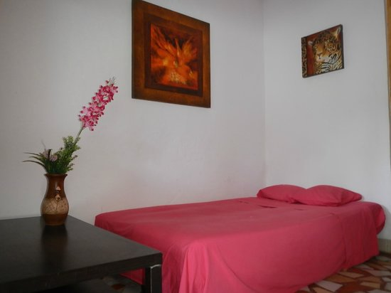 Hostel Wunderbar: Our Volcano and 3 Flowers room feature sofa beds for 2 children or 1 adult