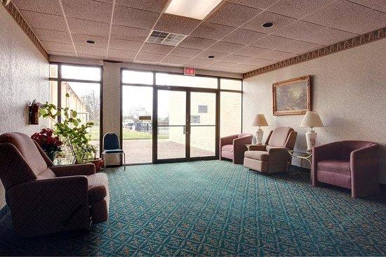 Americas Best Value Inn Marshall: Lobby