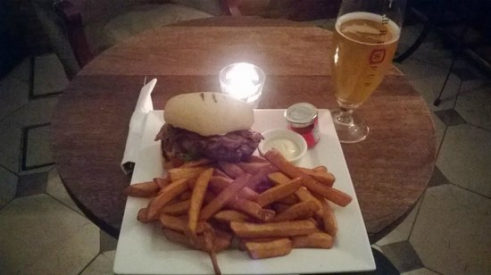 BrewPub: The burger and chips, complete with complimentary condiments