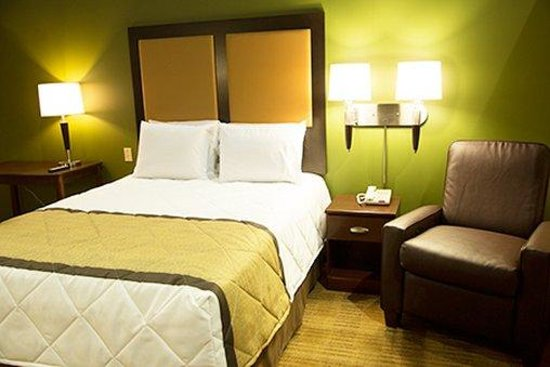 Extended Stay America - Falls Church - Merrifield : Queen Studio