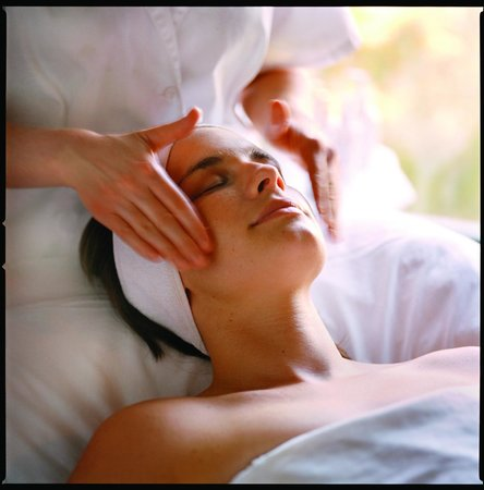 Osmosis Day Spa Sanctuary: Organic Facials featuring certified products that really work.
