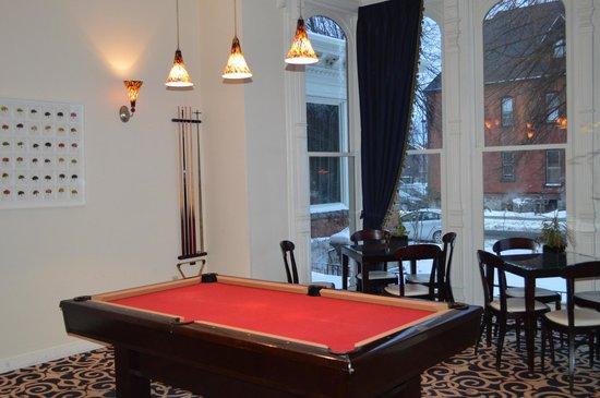 The Mansion on Delaware Avenue: Pool table
