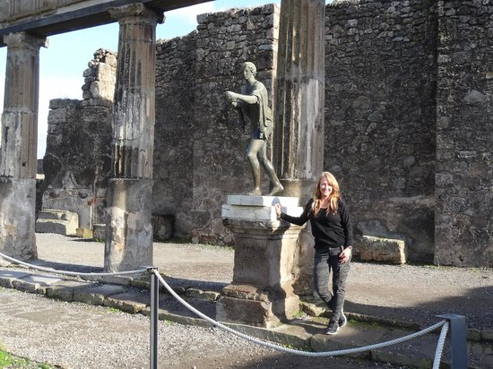 See Amalfi Coast and more... : Pompeii