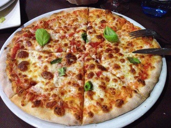 Sapori di Napolii: Pizza Margherita