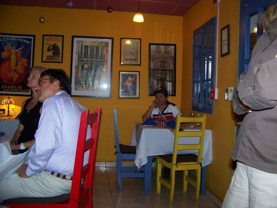 Boquete Art Cafe : Art on the wall