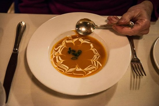 Stephanie Inn Dining Room: Carrot Ginger Soup