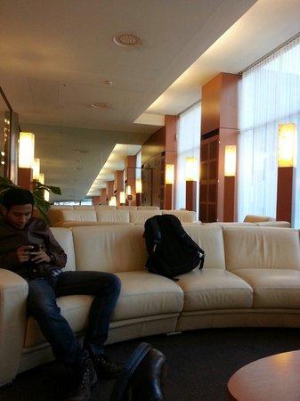 Cornavin Hotel Geneva: The lobby
