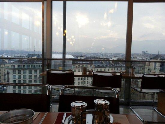 Cornavin Hotel Geneva: Breakfast view