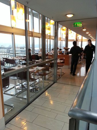 Cornavin Hotel Geneva: Coffee house
