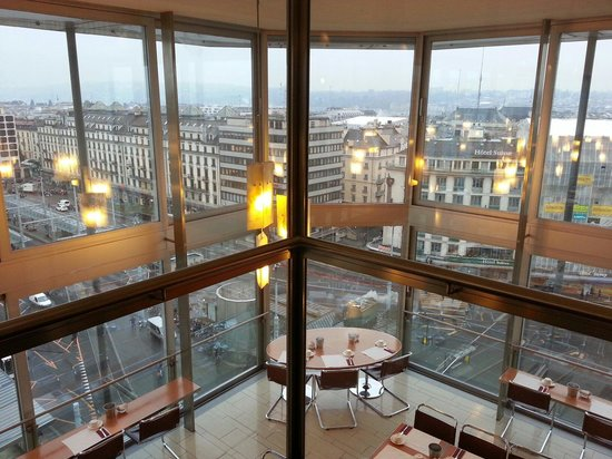 Cornavin Hotel Geneva: View from panaromic floor (9th floor)