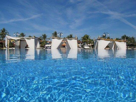 Vamar Vallarta All Inclusive Marina and Beach Resort: Pool