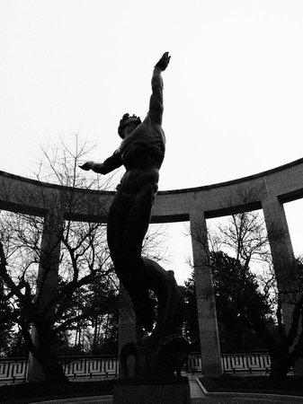 Monumento y Cementerio Estadounidense de Normandía: NAC&M