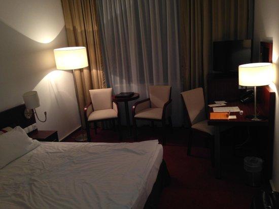 Best Western Premier Krakow Hotel: Номер стандарт
