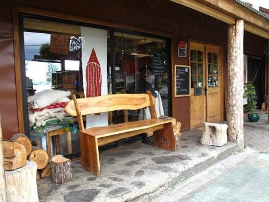 Hostal Amerindia Patagonia: オステルの入り口