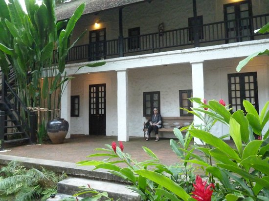 Tamarind Village: Outside the great rooms