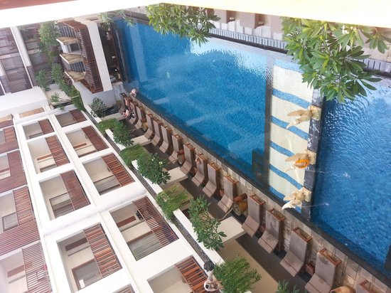The Magani Hotel and Spa: swimming pool