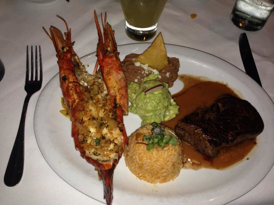 Tequilas Restaurant : Surf and turf!