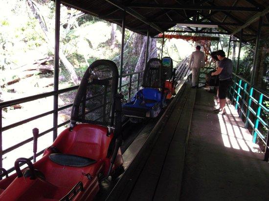 Datanla Falls : аэросани на водопаде Датанла