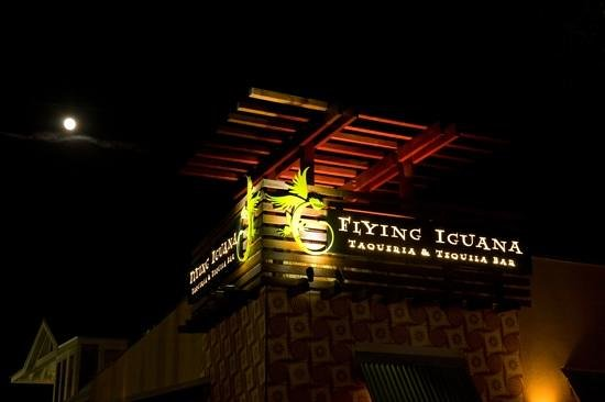 Flying Iguana Taqueria & Tequila Bar: exterior