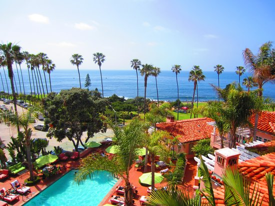 La Jolla Cove : Oysters and views of the ocean