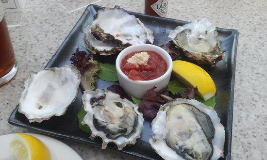La Jolla Cove : Oysters are so good