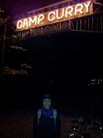 Half Dome Village: CAMP CURRY AT NIGHT
