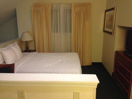 Residence Inn Providence Warwick: Upstairs bedroom