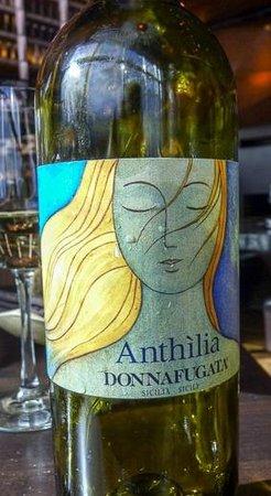 Tanzy: Sicilian Wine
