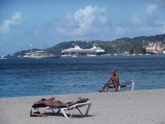 Radisson Grenada Beach Resort: View from the Beach looking at St George &Cruise Ship Area