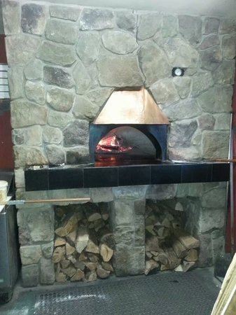 Oakleys Place : Where we make our delicious Woodfired Pizzas