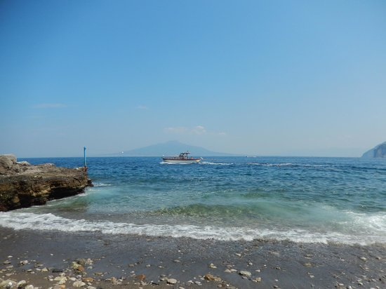 Beach at La Tonnarella