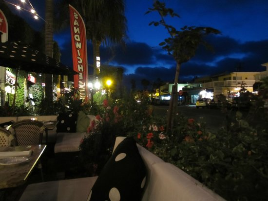 The Cave Store: Dinner in La Jolla Shores
