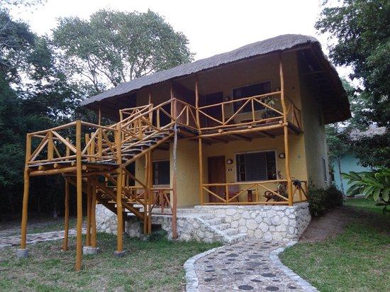 Chicanna Ecovillage Resort: Vue des chambres